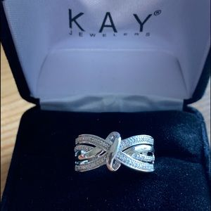 Kay Jewelers Diamond Ring in 925 Sterling Silver